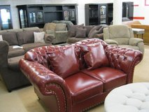Elizabeth - New Item - availaable in Burgundy Leather - sofa-loveseat-chair in Ansbach, Germany
