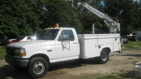 1994 FORD F-350 UTILITY BODY WITH CRANE in Moody AFB, Georgia
