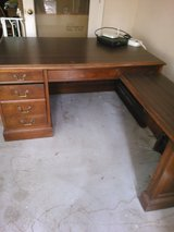 solid wood home/office desk in Beaufort, South Carolina