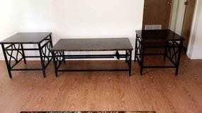 Coffee table w/ 2 end tables in Kansas City, Missouri