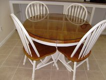 table/with extension & chairs in Alamogordo, New Mexico