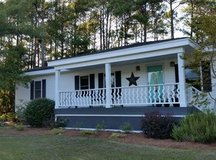 BEAUTIFUL SNEADS FERRY NC HOME FOR SALE BY OWNER! 3BR/2BA in Camp Lejeune, North Carolina