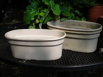 "oval planters-plastic 12.5""w x 5""h x 6.5"" deep in Glendale Heights, Illinois"