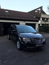 Chrysler Town and Country 2014, low miles! in Stuttgart, GE