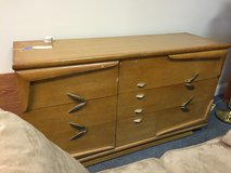 Kent Coffey dresser with mirror in Bolingbrook, Illinois