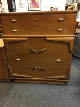 Kent Coffey Chest of Drawers in Bolingbrook, Illinois
