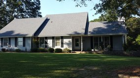 Quiet House on a Hill in Fort Rucker, Alabama
