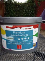 10 Liters of Gray Paint For Outside Stone in Ramstein, Germany