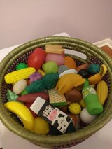 Play Food (more than 100 pieces) in Fort Rucker, Alabama