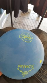 Lt Blue Pinnacle 1992 Bowling Ball in Fort Campbell, Kentucky