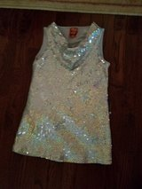 Girls dress up.top. in Naperville, Illinois