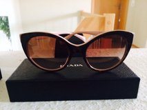 PRADA (Authentic) Sun Glasses in Baumholder, GE