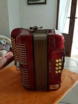 Special Price for a very nice Accordion from Hohner Model Club III M in red in Ramstein, Germany