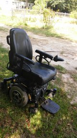 Power chair in Cleveland, Texas