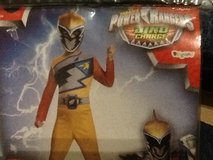 Gold Power Ranger Costume Boys 6 in Ramstein, Germany