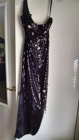 Evening Gown Sz10 in Camp Lejeune, North Carolina