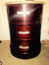 Marble top round wood end table in Tinley Park, Illinois