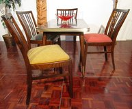 Retro Mid Century Diningroom Set with Expandable Table 4 multicolored Chairs in Ramstein, Germany