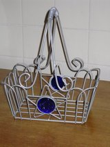 metal basket 10h x 8.5w in Glendale Heights, Illinois