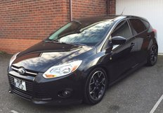 2012 Ford Focus SE-5 speed MANUAL transmission (US Spec) (Sale to US personnel only) in Lakenheath, UK