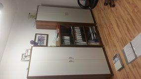 Office room 5 size in brown with table  good condition in Ramstein, Germany