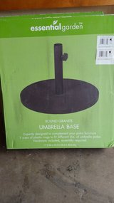 Granite round umbrella stands (2) each New in box never used.Normally Sell for 49.99 in Alamogordo, New Mexico