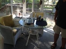 Wicker Round Table/3 chairs and end table in Bartlett, Illinois