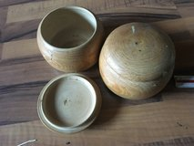 Two wooden bowls with cover in Ramstein, Germany