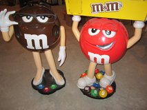 M & M STORE DISPLAYS ON WHEES in Aurora, Illinois
