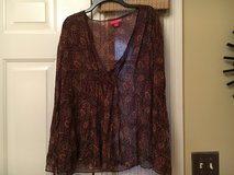 Medium Liz Lange Blouse in Aurora, Illinois
