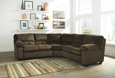 2 DAYS ONLY! ASHLEY DAILEY CHOCOLATE Sectional- Dream Rooms Furniture! in Kingwood, Texas