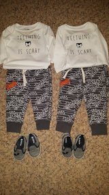 Baby gap Halloween outfits in Orland Park, Illinois