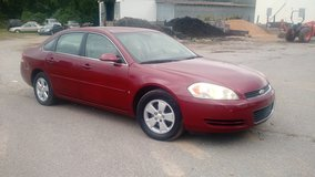 Reduced 06 Chevy impala... Runs and drives good!!! in Fort Campbell, Kentucky