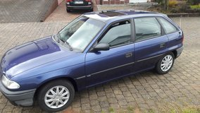 nice opel astra automatic low KM 145 000 in bookoo, US