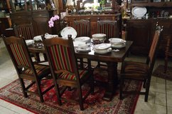superb solid oak dining room set with 6 chairs in Spangdahlem, Germany