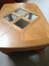 Coffee table solid oak. in Naperville, Illinois