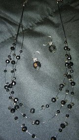Dainty black necklace and earrings in Alamogordo, New Mexico