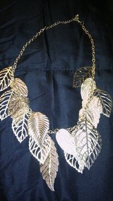 Gold leaf necklace in Alamogordo, New Mexico
