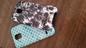 Two Samsung galaxy s5 cases in Fort Riley, Kansas