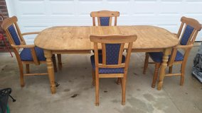 German / Solid Pine / 6 Piece Dining Table  Set in Fort Campbell, Kentucky