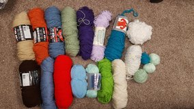 Knitting Yarn in Plainfield, Illinois