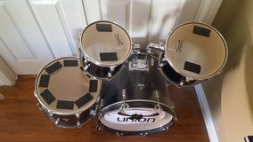 Youth Drum Set in Nellis AFB, Nevada