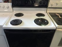 White Coil top stove (WARRANTY) in Fort Knox, Kentucky