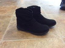 Girl Boots in Camp Pendleton, California