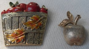 Fall Brooches 2 Bushel of Apples and an Apple in Kingwood, Texas