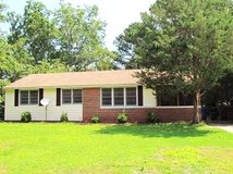 Awesome 3 bedroom Northwoods House! in Camp Lejeune, North Carolina