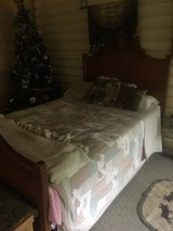 Antique bed3/4 in Camp Lejeune, North Carolina