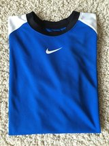 Nike DriFit Short Sleeve-Youth XL in Batavia, Illinois