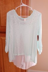 NWT Juniors Embellished Mint Top in Fort Leonard Wood, Missouri