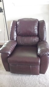 Brown Leather Lazy Boy Recliner in Fort Lewis, Washington